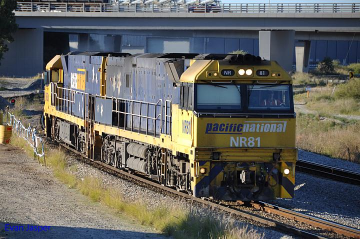 NR81 and NR92 on 1P22 LE loco turn at Forrestfield South on the 30th June 2013
