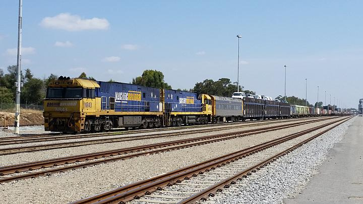 NR43 and NR2 on 7PM5 stabling on the Forrestfield Yard Long arrivals on the 16th December 2017