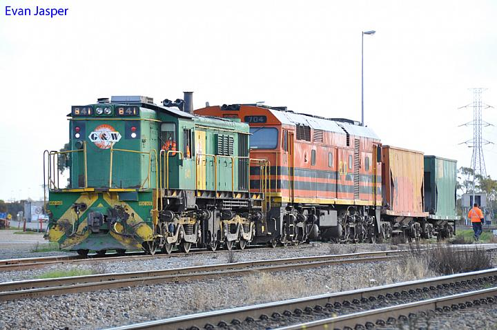 841 and 704 shunting a few wagons at Dry Creek Yard on the 9th August 2012