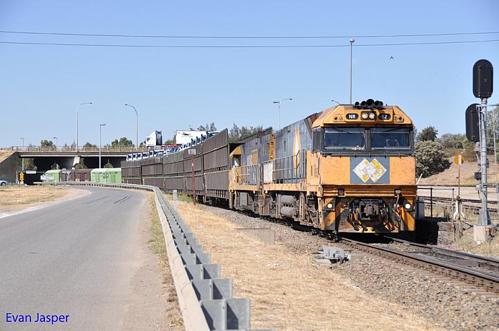 NR62 and NR94 on 7PM5 freighter at Dry Creek on the 21st January 2013