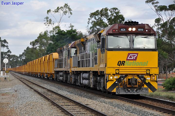 ACA6010 and ACA6005 on 1030 loaded iron ore train at Northam on the 27th November 2011