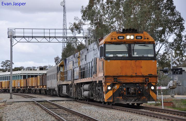NR99 and NR119 on 4WP2 loaded steel train at Northam on the 19th June 2011