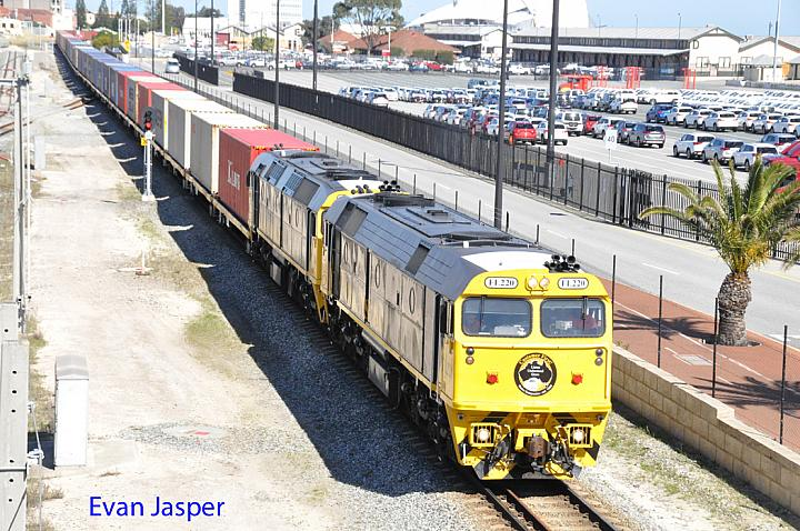 FL220 and HL203 on 6142 ILS container train seen here heading though Fremantle on the 25th August 2017