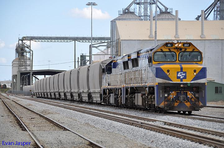 VL357 and VL361 unloading grain at MGC Forrestfield on the 7th October 2012