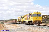 ACB4402 and ACB4401 on 7414 empty iron ore train seen here approaching Salmon Gums on the 12th November 2016