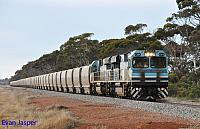 CBH014 and CBH017 on 7A33 loaded CBH grain seen here powering though Ballaying for Albany on the 31st May 2014