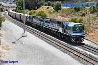 CBH016 and CBH015 on 7A85 loaded CBH grain train seen here arriving into Albany on the 14th February 2015