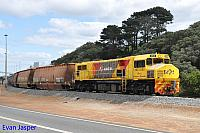 DBZ2309 on 2603 loaded woodchip train seen here arriving into the unloader at Albany on the 15th October 2018