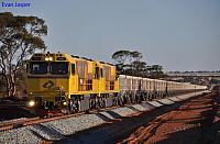 ACN4141 and ACN4171 on 7765 loaded iron ore train climbing away from Bell crossing loop on the 1st December 2012