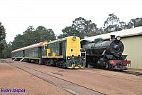 Hotham Valleys steam locomotive W920 and diesel locomotive F40 seen here at Dwellingup on the 2nd October 2016