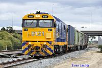 8121 on 6P51 sadliers shunt seen here at Forrestfield South on the 5th August 2016
