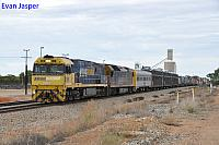 NR9 and AN6 on 6PM6 freighter seen here powering though Southern Cross (WA) on the 24th March 2018