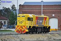 DAZ1901 on 6135 LE is seen here at Midland workshops to pick up B set 5102 on the 17th October 2014