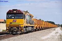 ACA6005 on 6035 empty iron ore train at Thornlie on the 30th March 2012