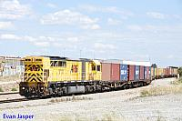 Q4017 on 4195 container freighter seen here arriving into Forrestfield from Fremantle on the 22nd October 2014