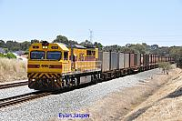 Q4019 on 6430 Sulphur service is seen here heading though Hazelmere for Kwinana on the 15th November 2014