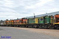 873, 851 and 850 sits at Wadinna ready to depart with 2CG2 grain train on the 13th April 2015