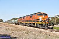 GM43, GM42 and 2216 on 3142S grain seen here powering though Wanbi (SA) on the 9th April 2015
