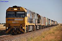NR73 and NR63 on 6MP5 freighter at Snowtown on the 26th January 2013