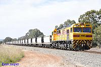 S3304 on 4253 empty coal train seen here passing though North Pinjarra on the 7th October 2015