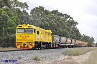 S3305 on 7936 loaded export bauxite train seen here heading though North Pinjarra on the 7th December 2019