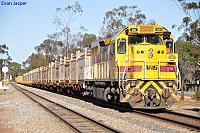 LQ3121 on 1474 loaded salt train at Northam on the 4th September 2011