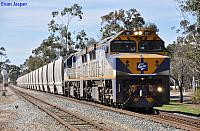 VL357 and VL361 on 7S56 loaded grain train at Northam on the 23rd June 2012