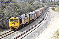 FL220 and HL203 on 5142 ILS container train seen here heading though Spearwood on the 7th September 2017