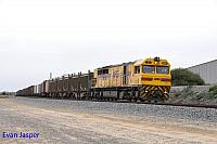 Q4010 on 5430 Sulphur train seen here powering though Kewdale on the 4th August 2017